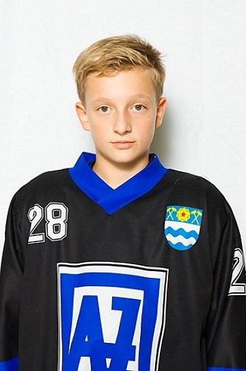 Daniel Tomeček #17