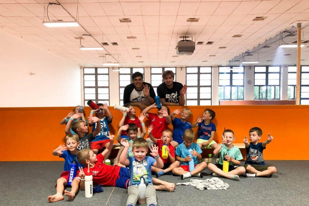 Fotoreportáž: Přípravka trénuje na novou sezónu i na trampolínách