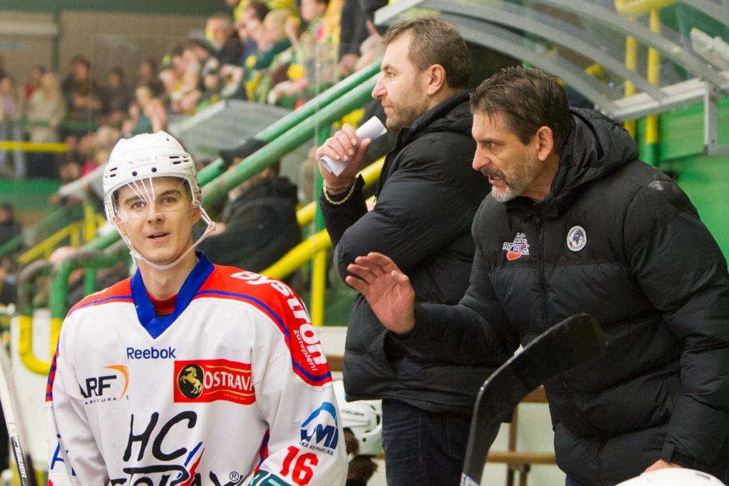 Po zápase se poplácáme a v dalším zase seřežeme, zubí se Marek Kaluža