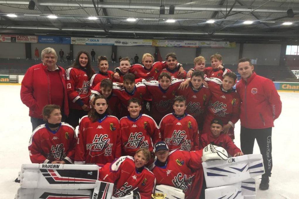 Deváťáci vybojovali na turnaji v Šumperku krásné druhé místo