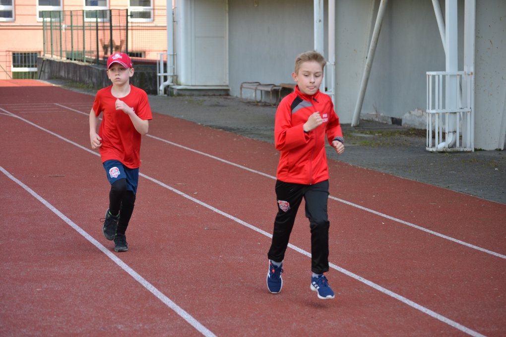 KONEČNĚ! Mladí hokejisté HC RT TORAX Poruba opět spolu, tréninky si užívají