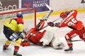 Čermák měl snížení na hokejce, bohužel neuspěl.