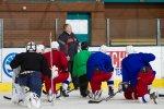 FOTO: A-tým piluje svůj um také na ledě