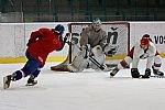 Zájem o porubský hokej je obrovský, muži se již společně připravují na zápas