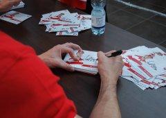 Autogramiáda celého A-týmu po roce opět v Olympii