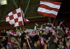 První venkovní extraligový zápas bude v Třinci. Jeďte na něj s Fan Clubem!