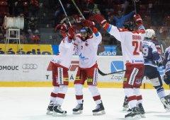 Kanadská posila rozhodla zápas! Kohouti berou proti Plzni tři body