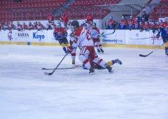 Dorostenci zažili hororový zápas ve Vítkovicích a zaznamenali třetí porážku v řadě