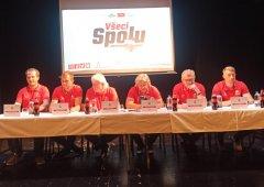 Začíná sezona s fanoušky v ochozech, Davidem Krejčím a třetí sadou dresů. Co vše zaznělo na předsezónní tiskové konferenci?