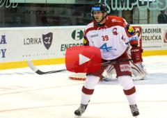 VIDEO: Byl jsem si jistý, že je puk za čárou, komentoval svou trefu Marek Laš