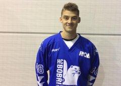 Chceme fanouškùm pøedvádìt dobrý hokej po celou sezónu, øíká útoèník Martin Kývala