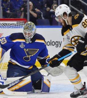 Boston s Davidem Pastrňákem zůstal těsně pod vrcholem Stanley Cupu. I tak, Davide díky!