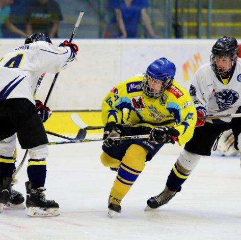 Starší dorost: Duel na ledě Techniky rozhodly až nájezdy, tým Zubrů získal jeden bod