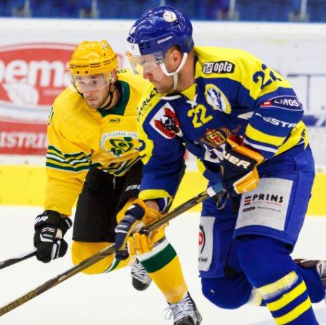 Středeční hokejové menu nabízí derby se Vsetínem a zabíjačkové speciality