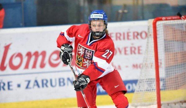 Na sezony v AZetu moc ráda vzpomínám, říká reprezentantka Anna Zíková