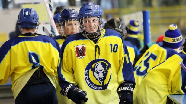 Akce pro ml�de� pokra�uj�, v pond�l� 1. srpna odstartuje Letn� zub�� hokejov� kemp