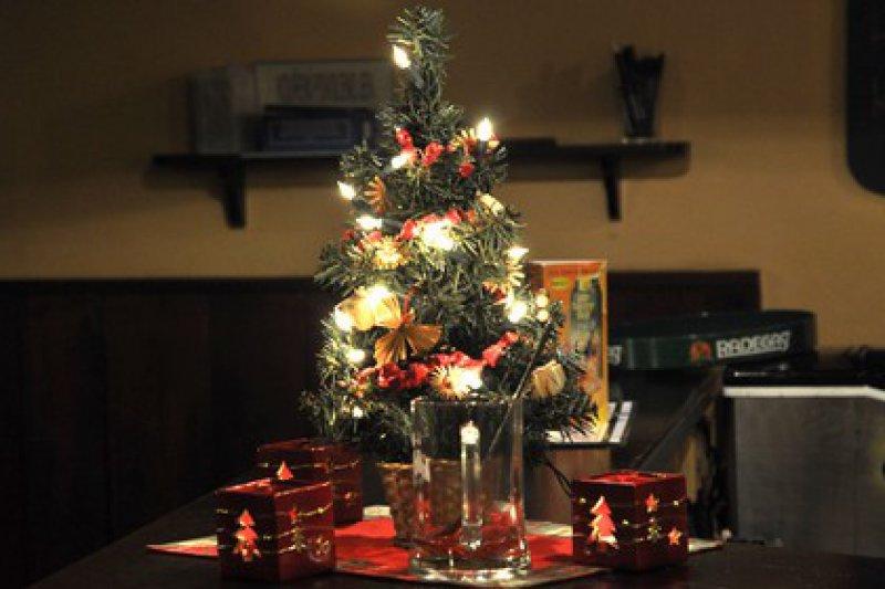 Valašský hokejový klub přeje všem veselé Vánoce a šťastný nový rok