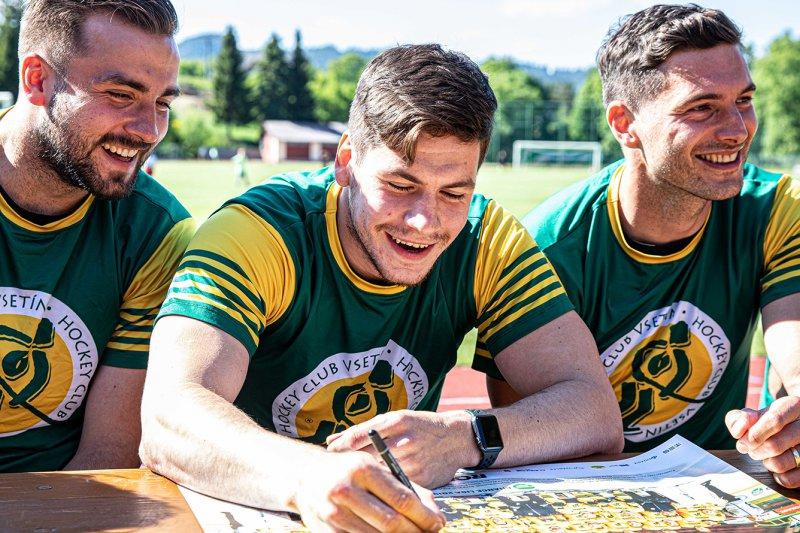 FOTO + VIDEO: Valaši potěšili fanoušky v Horní Lidči autogramiádou i fotbalem