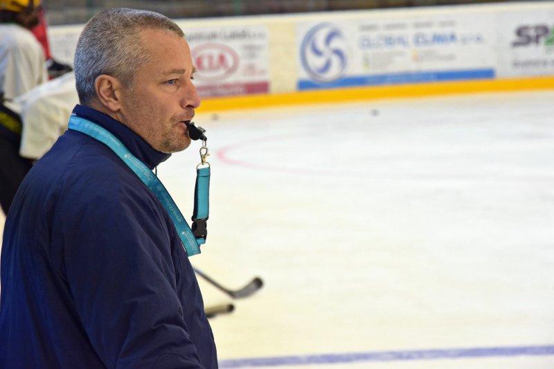 Trenér Jurík o situaci v juniorském hokeji: Ještě jsem se s něčím takovým nesetkal