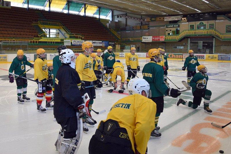Stabilní místo nemá nikdo, říká po prvních trénincích na ledě Juraj Jurík