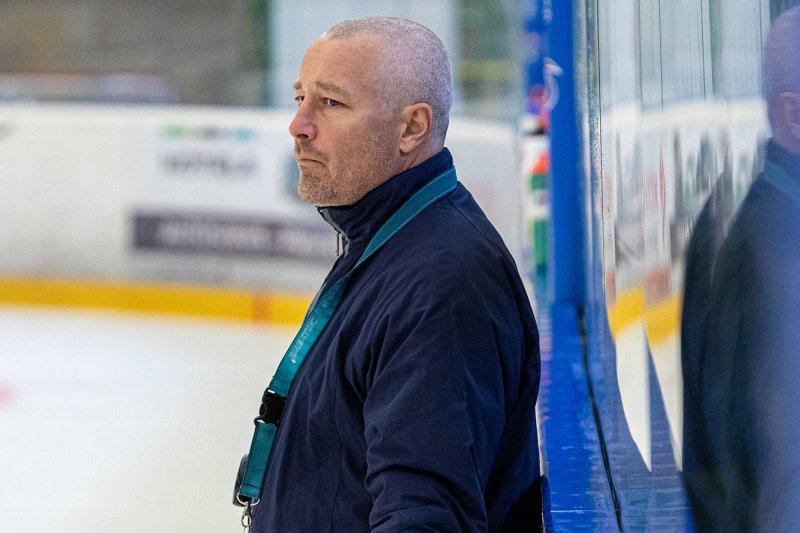 Hokej hrajeme pro vítězství, chceme se poprat o postup, hlásí trenér juniorů Juraj Jurík