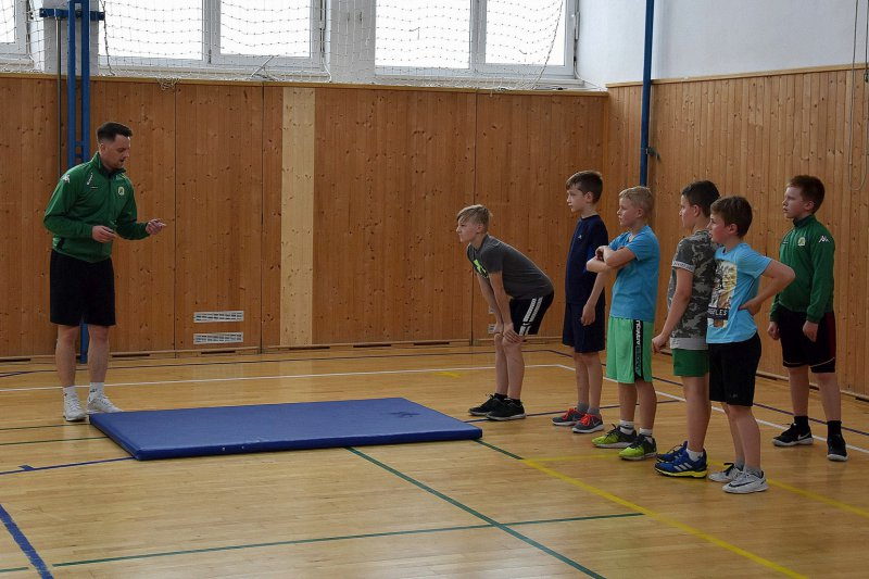 OBRAZEM: 7. třída v trénuje v létě pětkrát týdně
