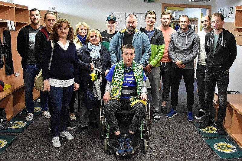 OBRAZEM: Gabriel se setkal se vsetínskými hokejisty