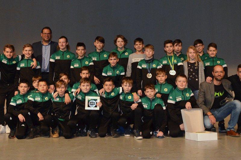 Stříbro pro mládežníky VHK. Vsetínští hokejisté na VKV vylepšili loňský bronz