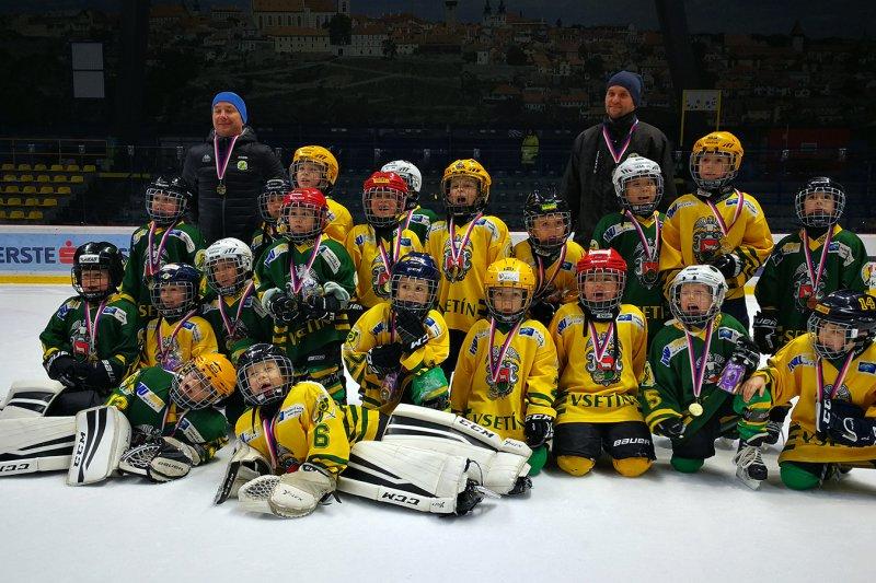 Přípravka reprezentovala Vsetín na znojemském turnaji Nevoga Cup 2020