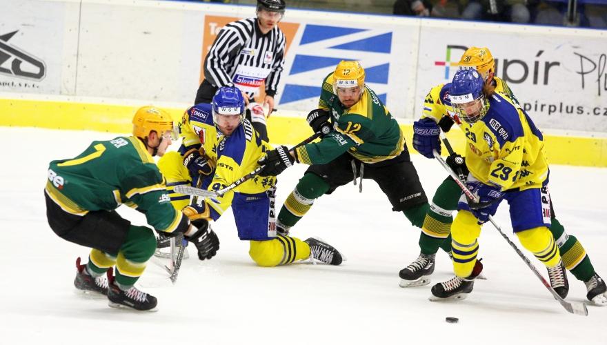 Zubři i počtvrté v sezoně přemohli rivala ze Vsetína, tentokrát vyhráli po nájezdech