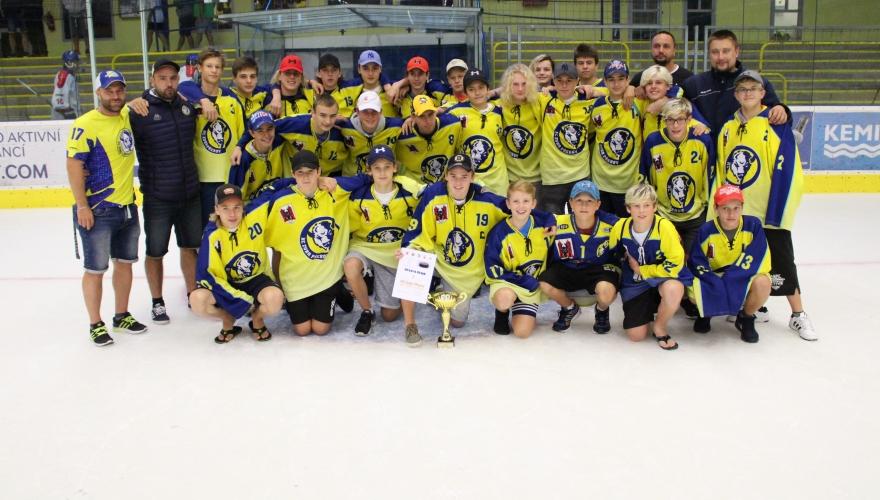 Mladší dorost zahájil tradiční sérii turnajů, na domácím ledě vybojoval zlato!