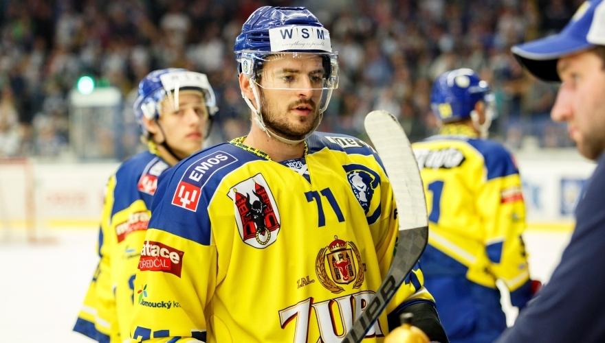Od poloviny zápasu jsme hráli takový rybníkový hokej, myslí si Ľubomír Malina