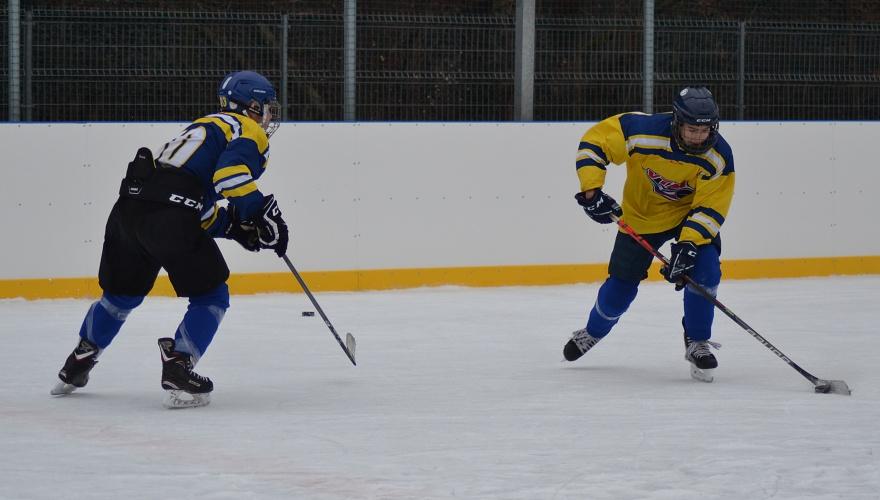 Mladí Zubři začali trénovat na venkovním ledě, z Přerova za ním vyrazili do Hluboček