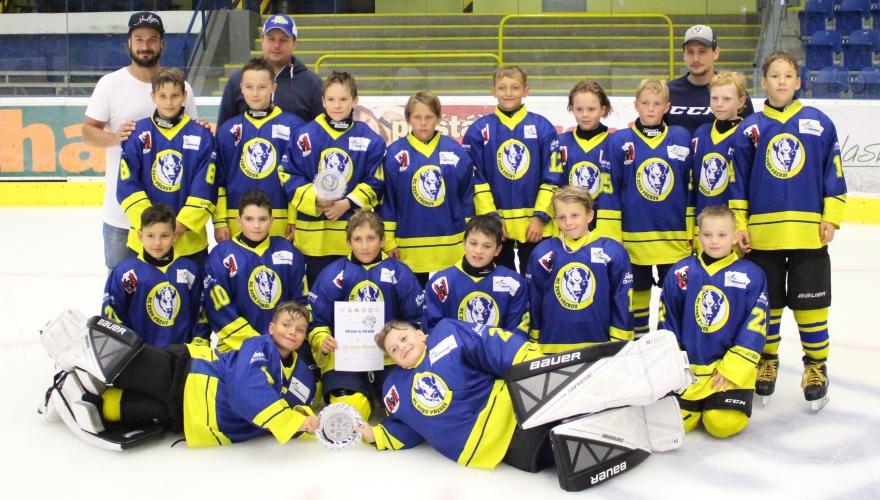 Na závěr přípravy tradiční turnaje v Rožnově, mladí Zubři sbírali další úspěchy