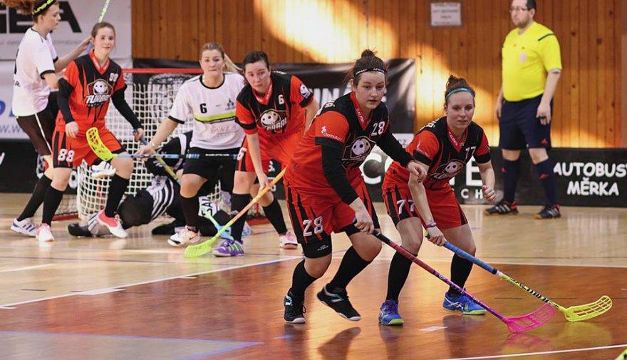 Ženy padly v posledním boji základní části, juniorky porazily Liberec