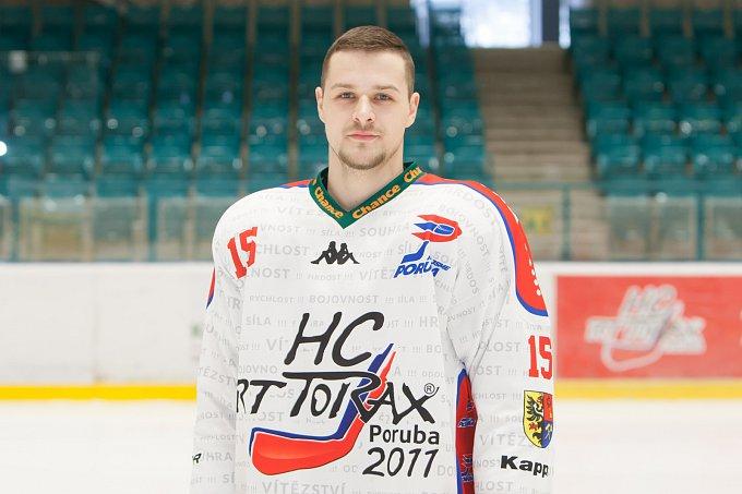 Jakub Illéš #15