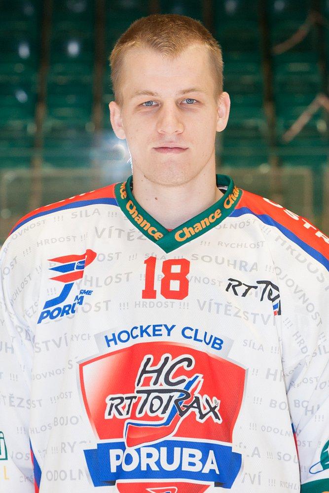 Filip Dundáček #18