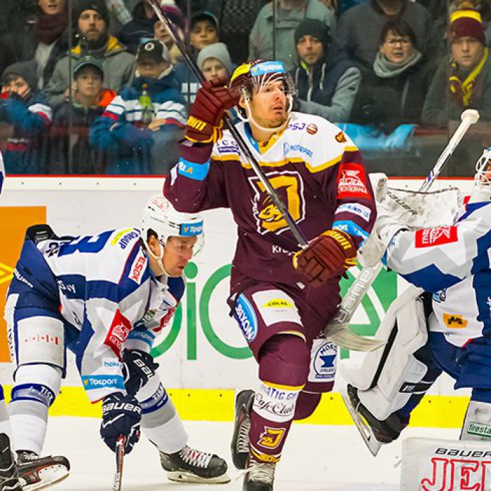 caa5ff450009f Derby dvou hokejových gigantů se blíží. Brněnská Kometa míří na Vysočinu