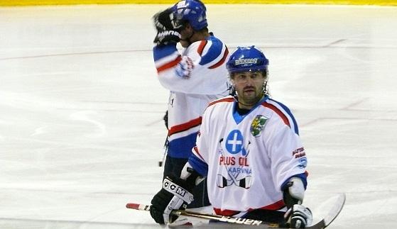 První čtvrtfinále pro Karvinou, dramatický zápas rozhodl Marek Ivan