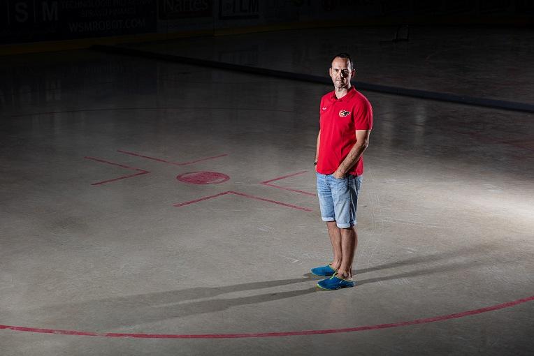 """""""Sice už máme naplněný rozpočet na hráče, ale stále se po očku koukáme po hráčích z extraligy,"""" říká sportovní manažer Jiří Vykoukal v druhé části rozhovoru"""