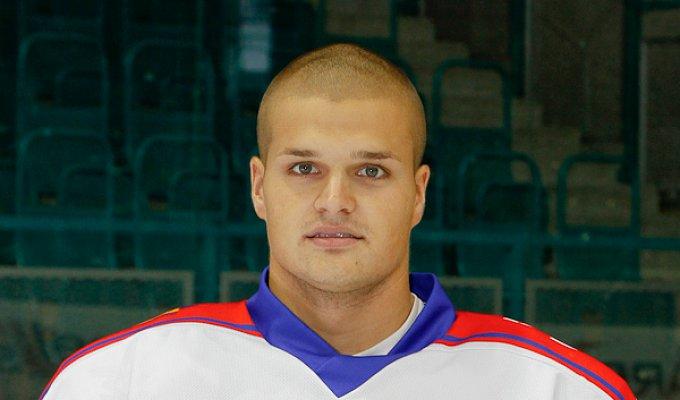 Tomáš Mládenka #15