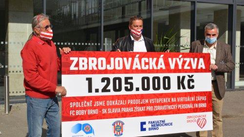 VIDEO: Zbrojovácká výzva vynesla 1,2 milionu korun! Šek jsme dnes předali FN Brno