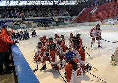 Sedmáci v divoké přestřelce porazili Vítkovice a dotáhli se na druhé místo v tabulce!