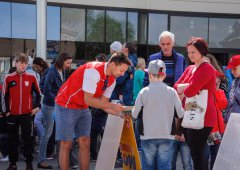 Kohouti, Standa Hložek a stovky fanoušků. Rodinný den v NP Bělidla se vydařil
