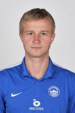 Sergej Ljulka #8