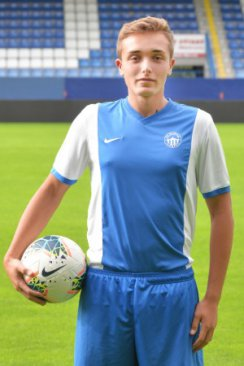 Tomáš Polyák #16