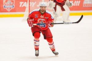 Svými výkony směřujeme už k playoff, optimisticky předvídá Tomáš Voráček