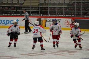 FOTO: Série přátelských utkání s HC Oceláři Třinec