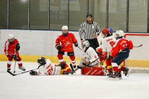 Úvodní zápasy soutěže mladších žáků HC RT TORAX