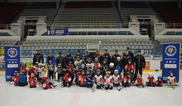 Přijďte v úterý 21. září v 16:30 na zimní stadion na akci Týden hokeje